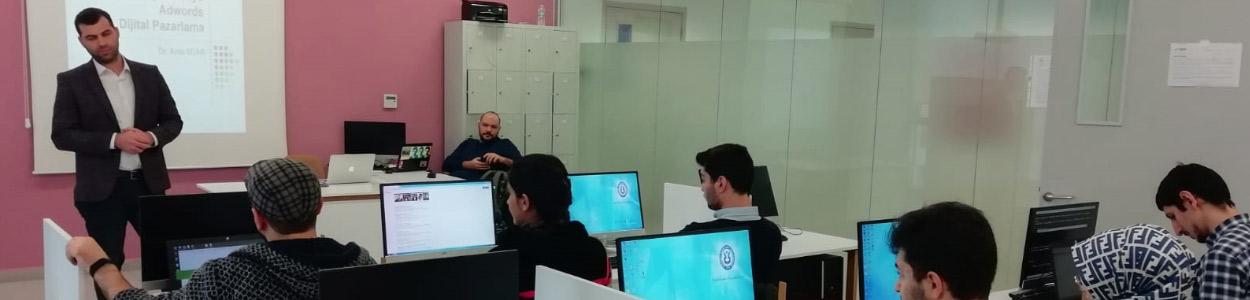 İstanbul Esenyurt Üniversitesi Ücretsiz SEO Teknikleri Eğitimi